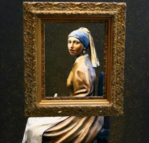 フェルメールの真珠の耳飾りの女性