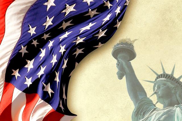 アメリカ国歌を歌ってみよう![カタカナ歌詞和訳付き!]